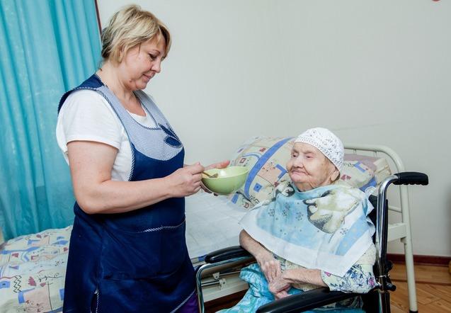 Оформить в пансионат для престарелых